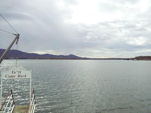 lake water virginia boat sailing ship resort smithmountainlake virginiadare