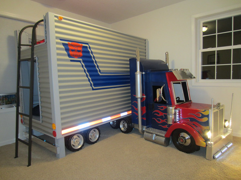 Brayden's Optimus Prime Transformer Bed Final - (Dave Schaeffer)