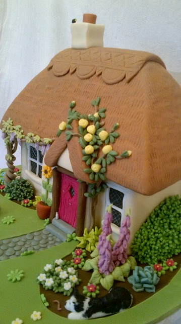 Thatched Cottage Cake Flickr Photo Sharing