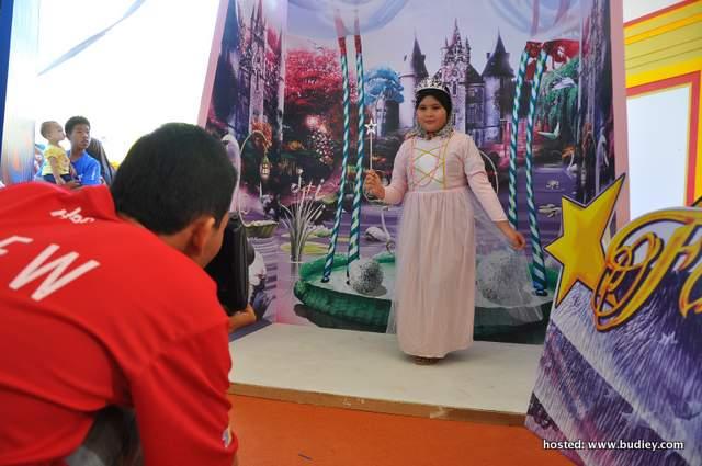 Makeover & Photobooth di Bananana! Land