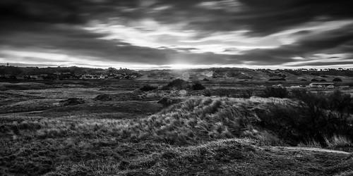 longexposure bw clouds sunrise landscape blackwhite nikon noiretblanc sigma jersey 1770 manfrotto stouen sigma1770 10stopnd d7000 lightroom4 silverefexpro2