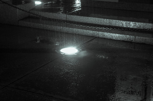 Rain and hot lights and the war memorial