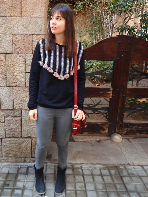 pompon sweatshirt-poziomka (5)