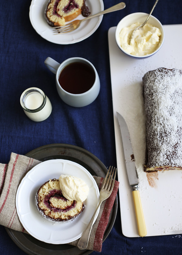 Lamington Roll for Australia Day / The Gluten Free Scallywag