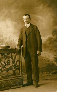 'May 1916, Mum's Dad'