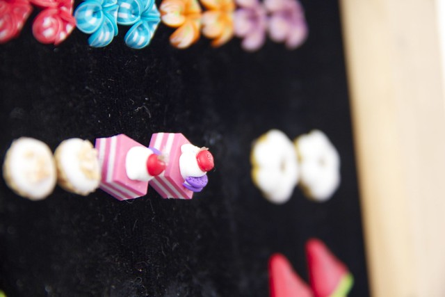 petit four earrings