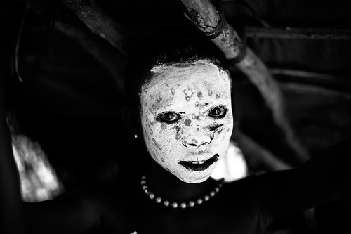 suri tribe child in absolute black and white by anthony pappone photographer