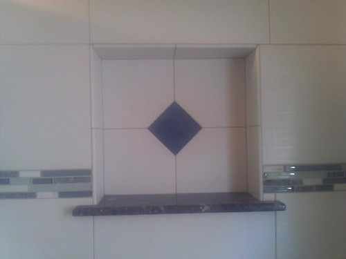 Ceramic and glass tile niche