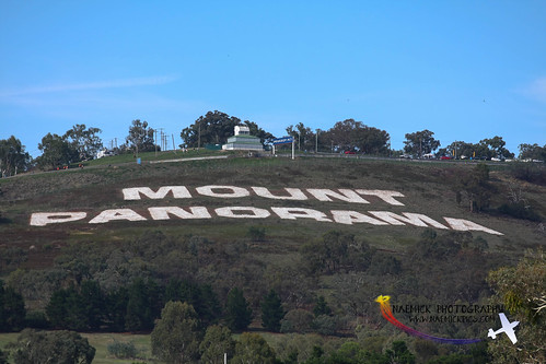 Bathurst 12 Hour 2013 (38 of 50).jpg