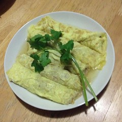 curry(0.0), produce(0.0), meal(1.0), breakfast(1.0), food(1.0), dish(1.0), cuisine(1.0), omelette(1.0),