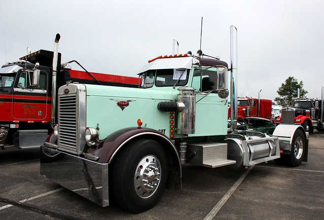 Cat powered 1960 peterbilt 281a flickr photo sharing - Pictures of old peterbilt trucks ...