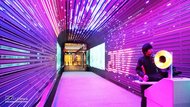 SKY100 light tunnel