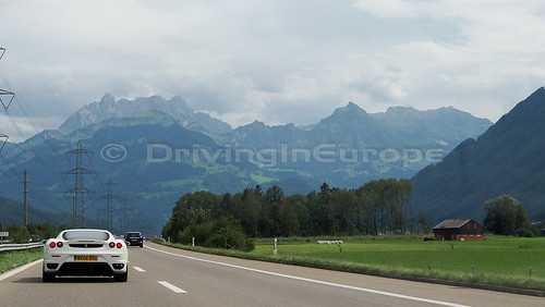 スイスアルプスへ
