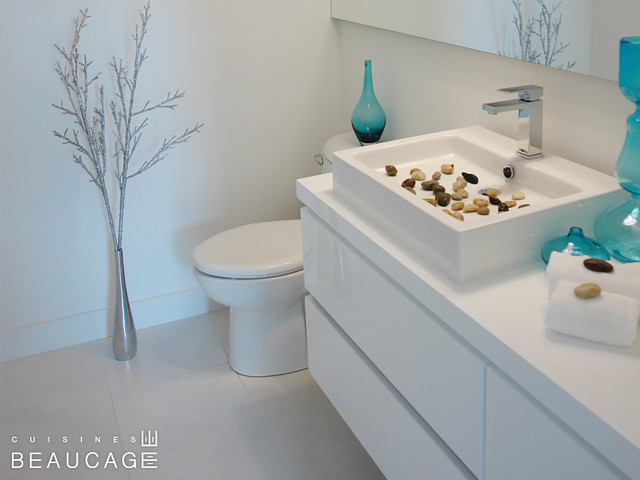 cuisines beaucage salle d 39 eau blanche flickr photo sharing. Black Bedroom Furniture Sets. Home Design Ideas