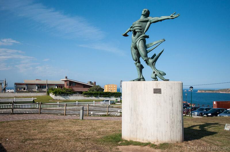 La estatua de los Vientos en Suances
