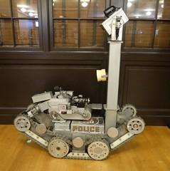 LAPD - bomb squad robot (3)