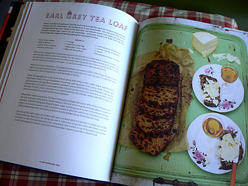 earl grey tea loaf.jpg