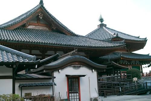 壺阪寺本堂