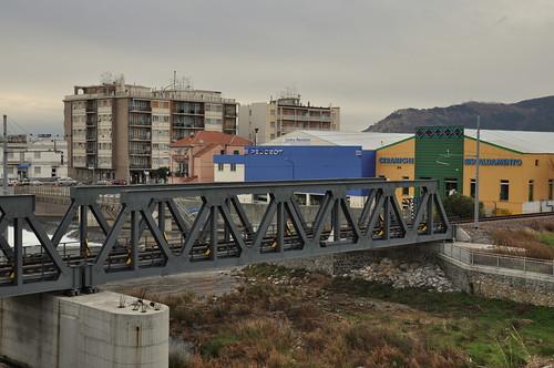 Eisenbahnbrücke über den Quiliano