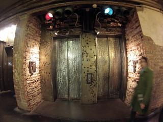 Viejos e icónicos ascensores del edificio