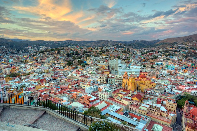 Guanajuato Travel Guide by CC user jiuguangw on Flickr