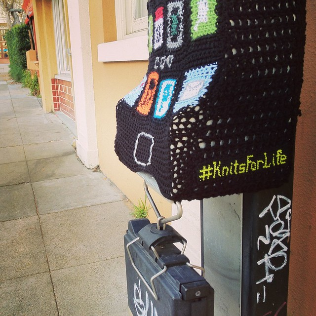 iPhone yarnbomb