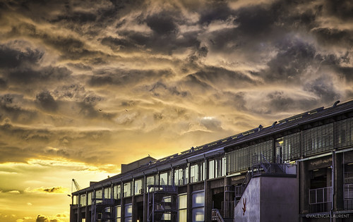 sunset sun france marseille apocalypse dramatic paca provence nuages drama quai hdr j1 orage sud tourisme marseilles magiclantern sudest 2013 jugement