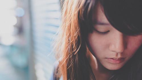 [フリー画像素材] 人物, 女性 - アジア, 人物 - 俯く, 台湾人 ID:201303041400