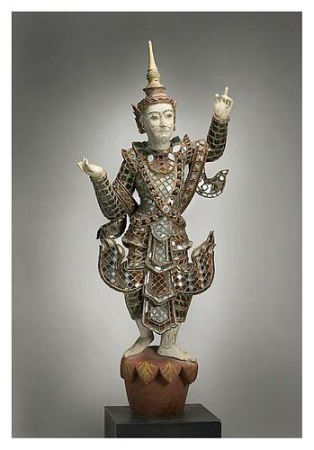 008- Figura masculina coronada en un paso de baile-1850-1925- Birmania