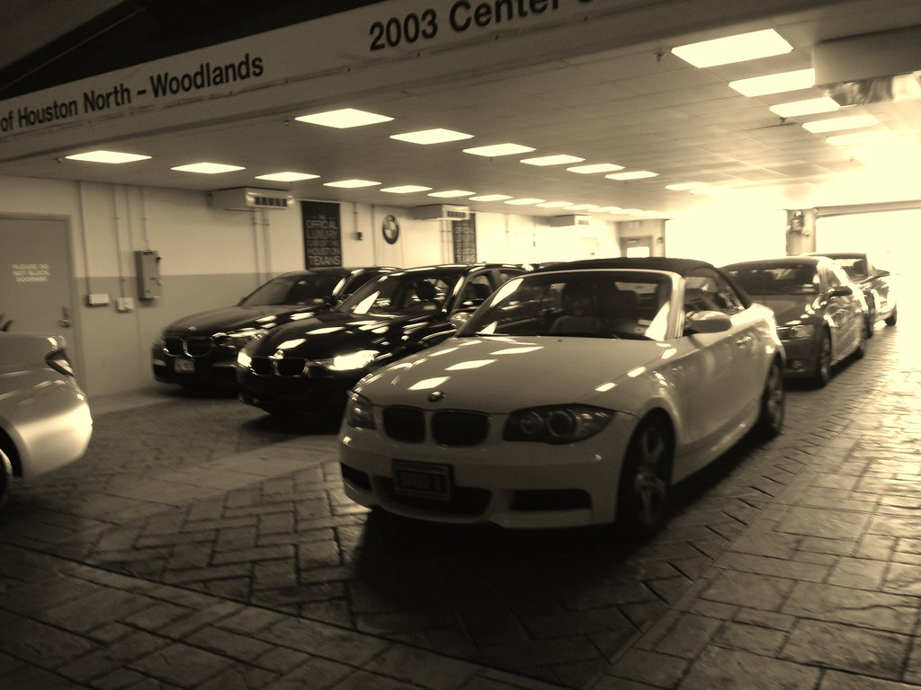 Bmw Of Woodlands Waiting For My Car To Be Serviced Eli Acuna