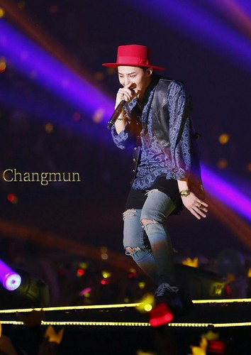 G-Dragon - Tokyo Girls Collection - 28feb2015 - ChangmunT - 03