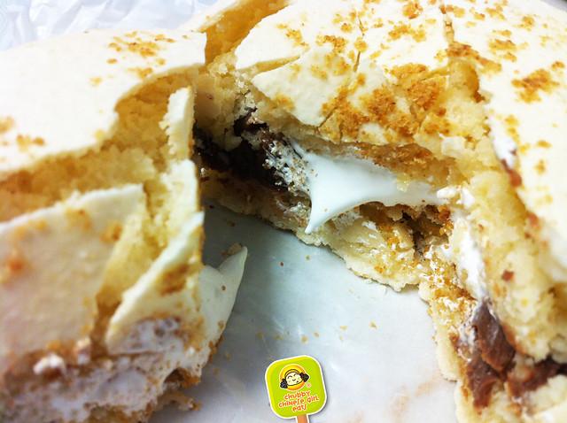 dessert truck giant french macaron smores