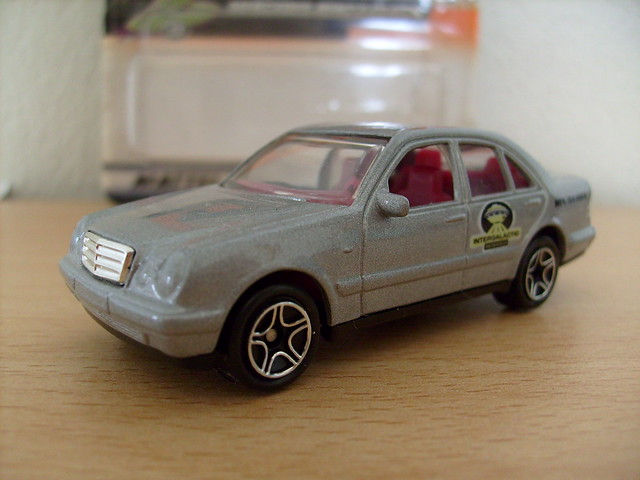 matchbox mercedes benz e class intergalactic research 1 64