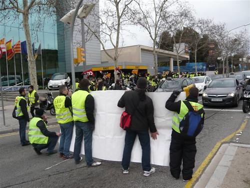 Treballadors RACC tall de la Diagonal a Barcelona 11 de febrer 2013