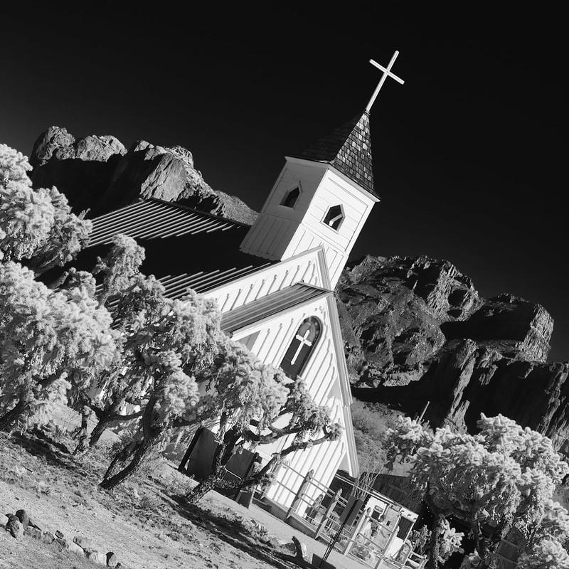 Elvis Presley Memorial Chapel, Apache Junction.