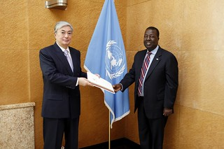 NEW PERMANENT REPRESENTATIVE OF KENYA PRESENTS CREDENTIALS TO DIRECTOR-GENERAL OF UNOG