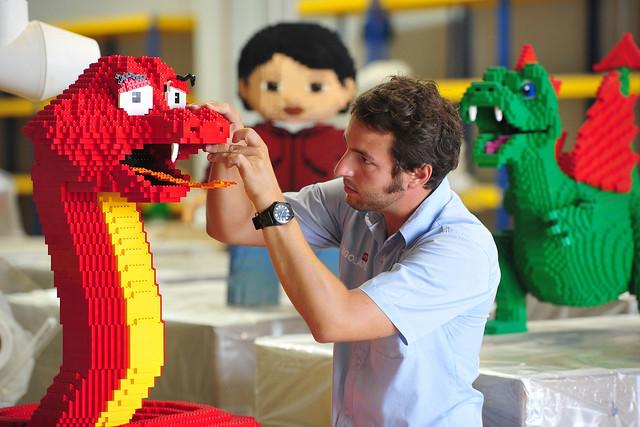 LEGOLAND Malaysia World's Longest LEGO Snake (6)