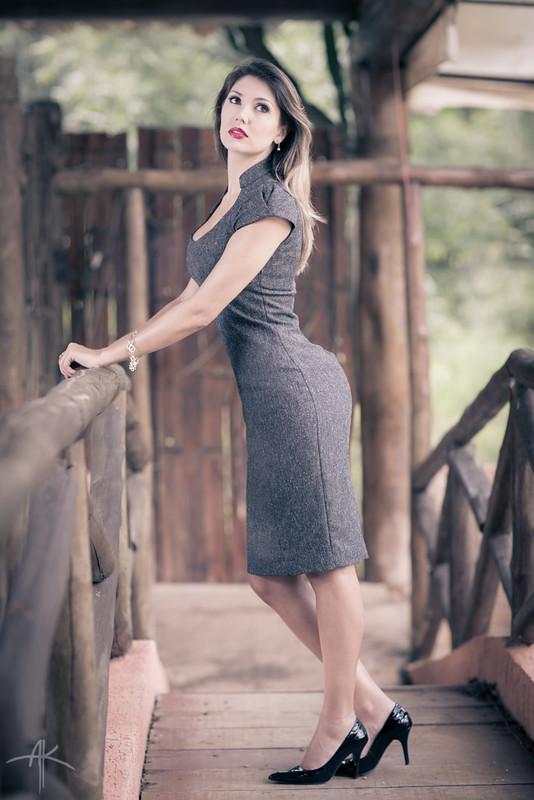 IMAGE: http://farm9.staticflickr.com/8379/8516593571_4a66b344a6_c.jpg