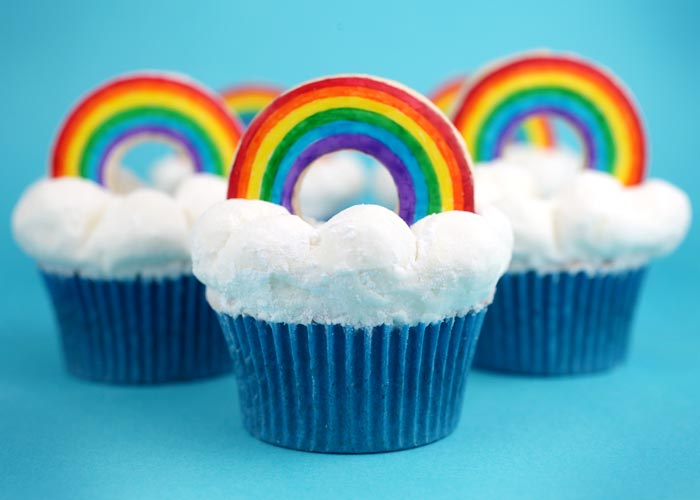 Rainbow Bright Cupcakes – bakerella.com