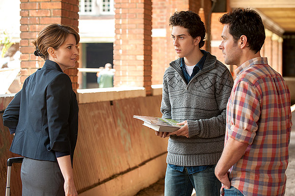Tina Fey, Nat Wolff, and Paul Rudd discuss ADMISSION.