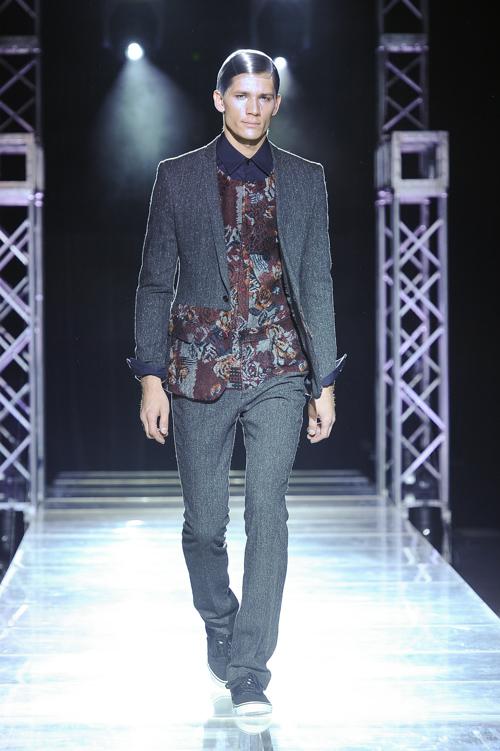 FW13 Tokyo yoshio kubo014_Andrey Zakharov(Fashion Press)