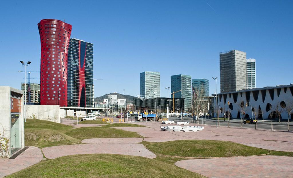 Porta Fira Towers design by Toyo Ito AA + Fermín Vázquez (b720 Arquitectos)