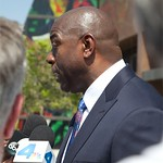 Wendy Greuel For Mayor Magic Johnson Endorsement