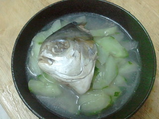 2013-03-19 fish head and cucumber