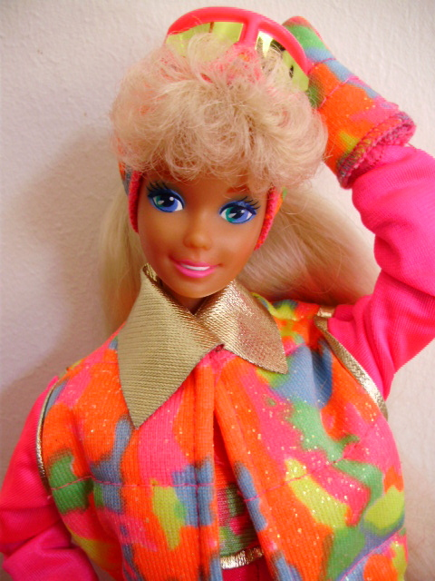 Ski fun Barbie 1991
