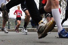SROVNÁVACÍ TEST: Vybrali jsme nejlepší botu pro silniční objemový trénink