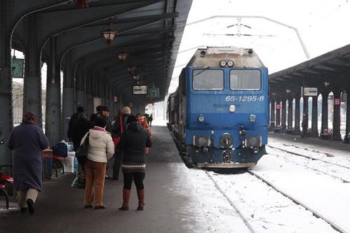 CFR Class 65 diesel locomotive 65-1295-8 arrives into Bucharest's Gara de Nord