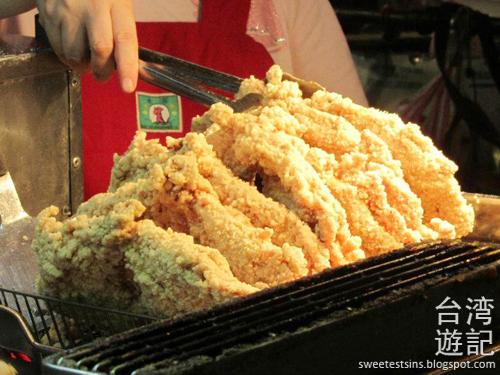 taiwan trip blog day 2 ximending taipei 101 agnes b cafe wufenpu raohe night market 41
