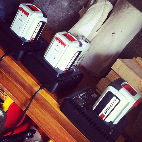 Charging up for some afternoon lawn maintenance! #kickgas @black_deckerUS #diy