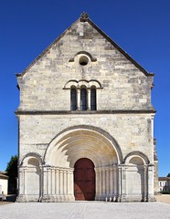 Église Saint-Martin de Montagne - Photo of Saint-Médard-de-Guizières